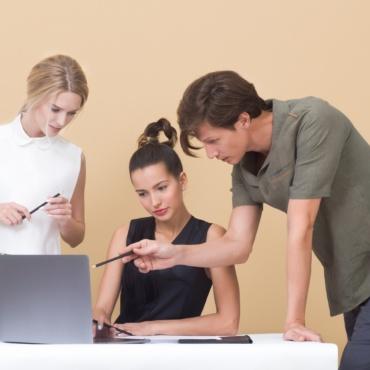 INTERAZIONE PROFESSIONALE E NETWORKING